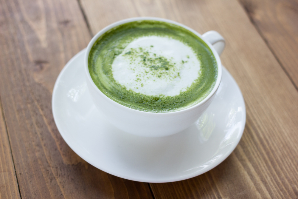10 Reasons To Drink Matcha Green Tea + Coconut Matcha Latte Recipe
